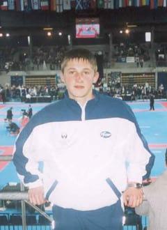 Денис Ахметов